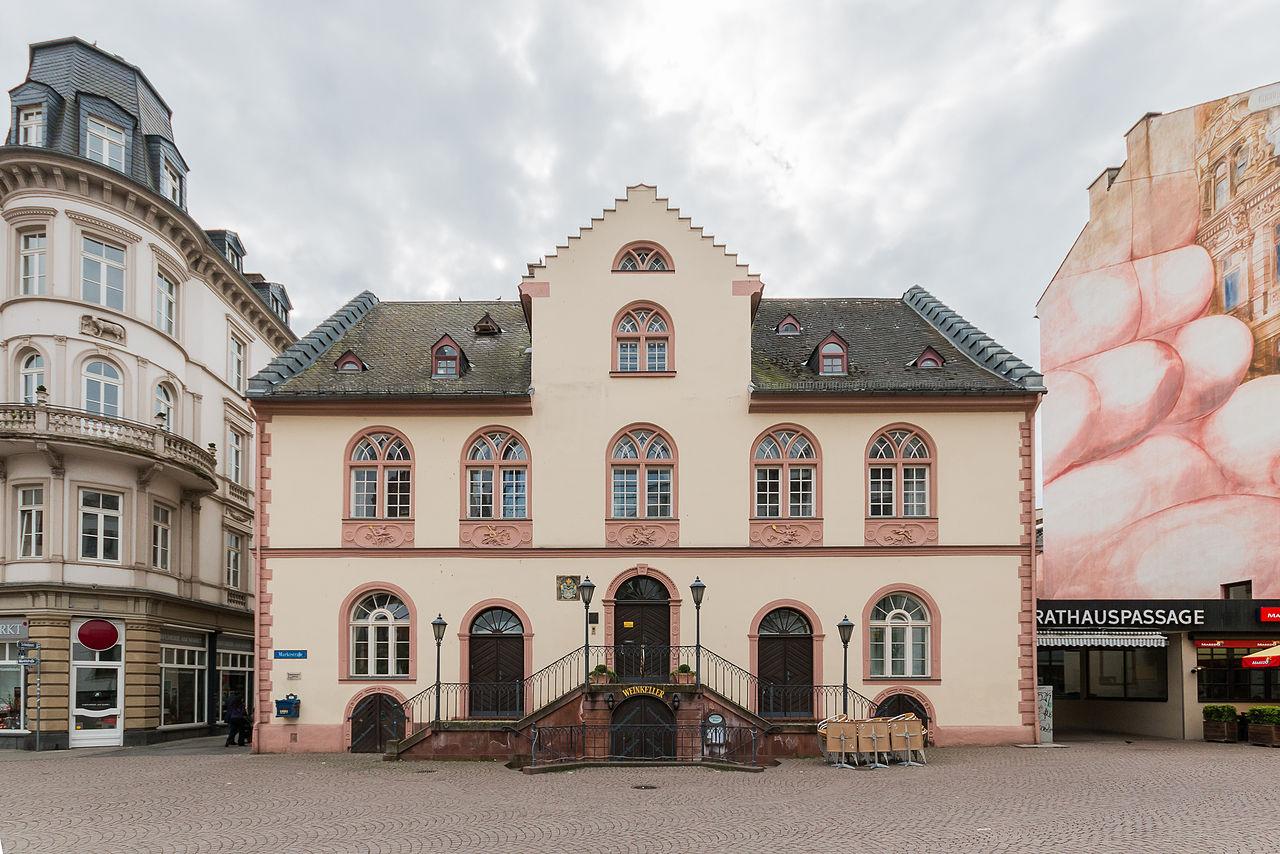 Bild Altes Rathaus Wiesbaden