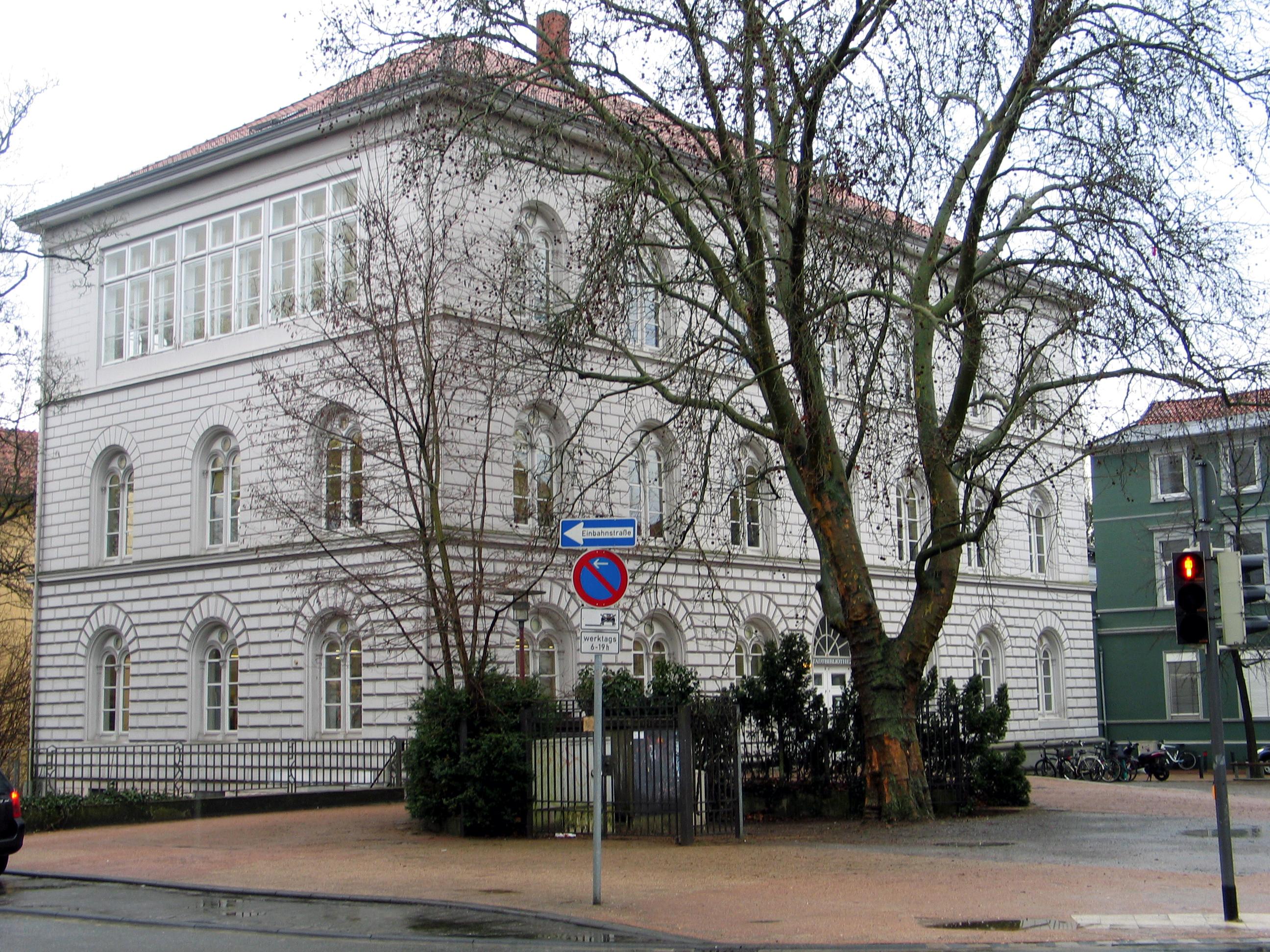 Bild Arno Schmidt Platz in Celle