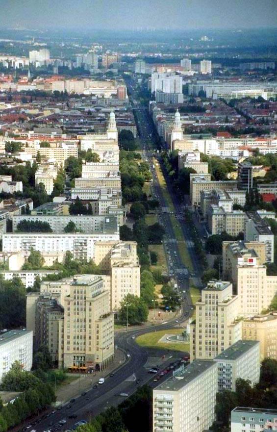 Bild Karl Marx Allee Berlin