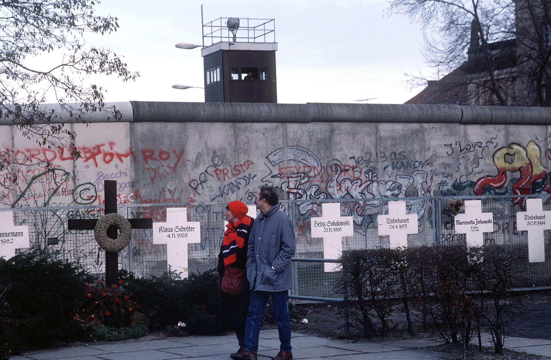 Bild Gedenkort Weiße Kreuze Berlin