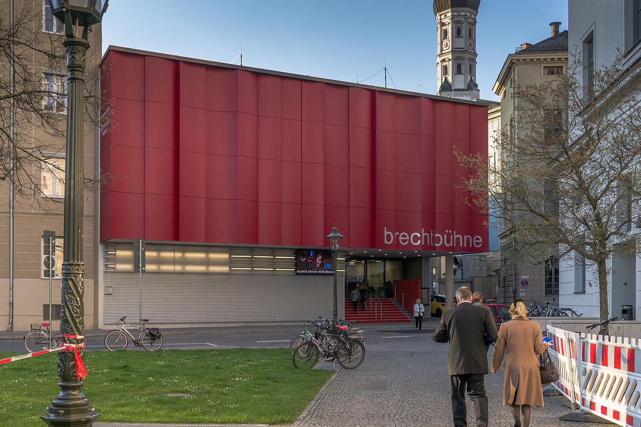 Bild Brecht Bühne Augsburg