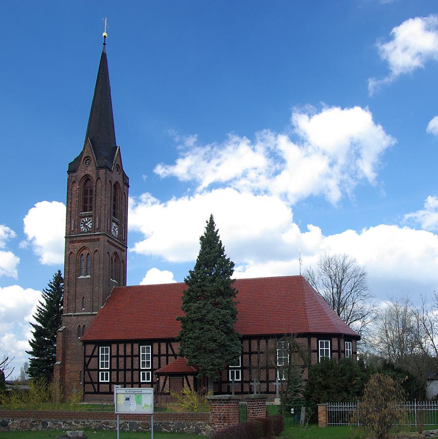 Bild Evangelische Kirche Dissen Striesow