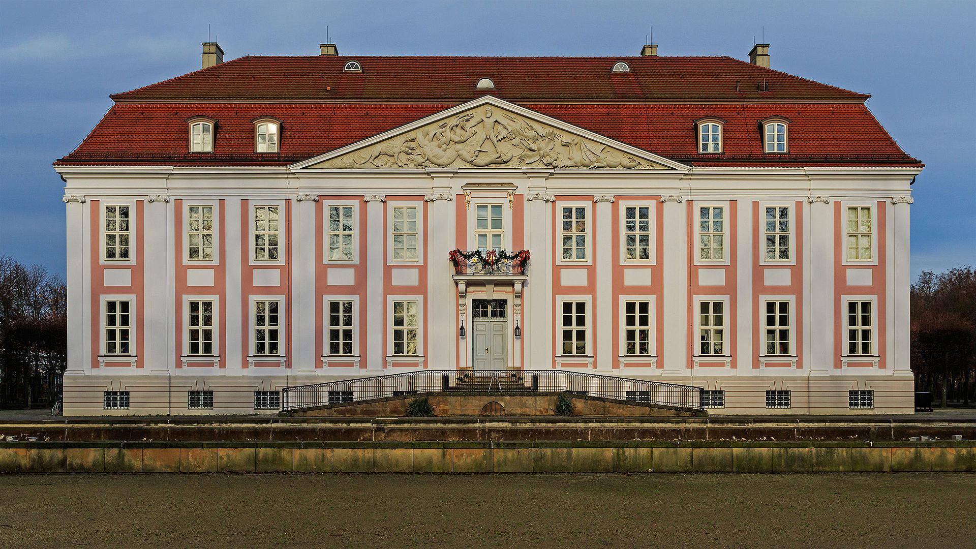 Bild Schloss Berlin Friedrichsfelde