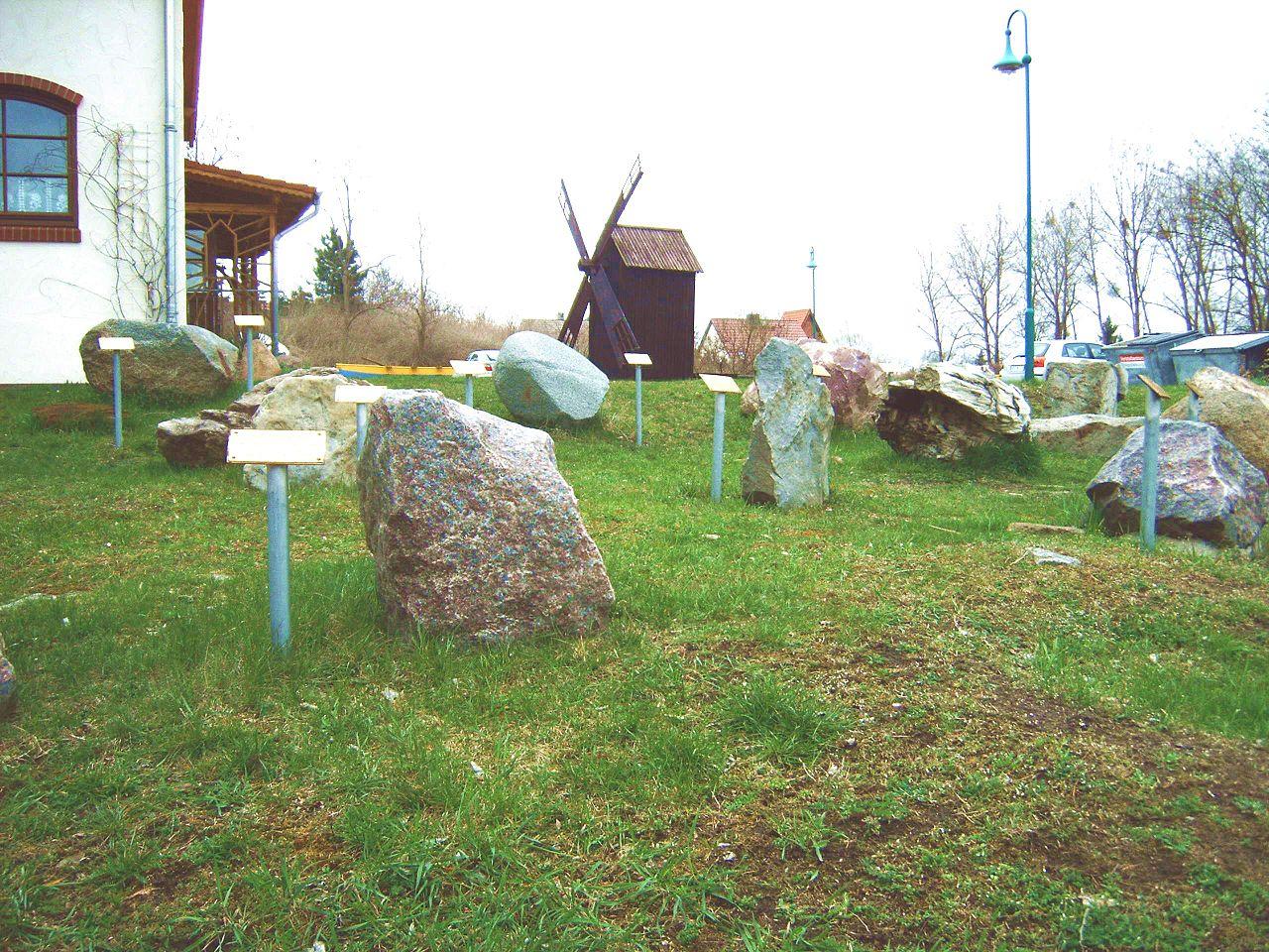Bild Gesteinsgarten Gommern