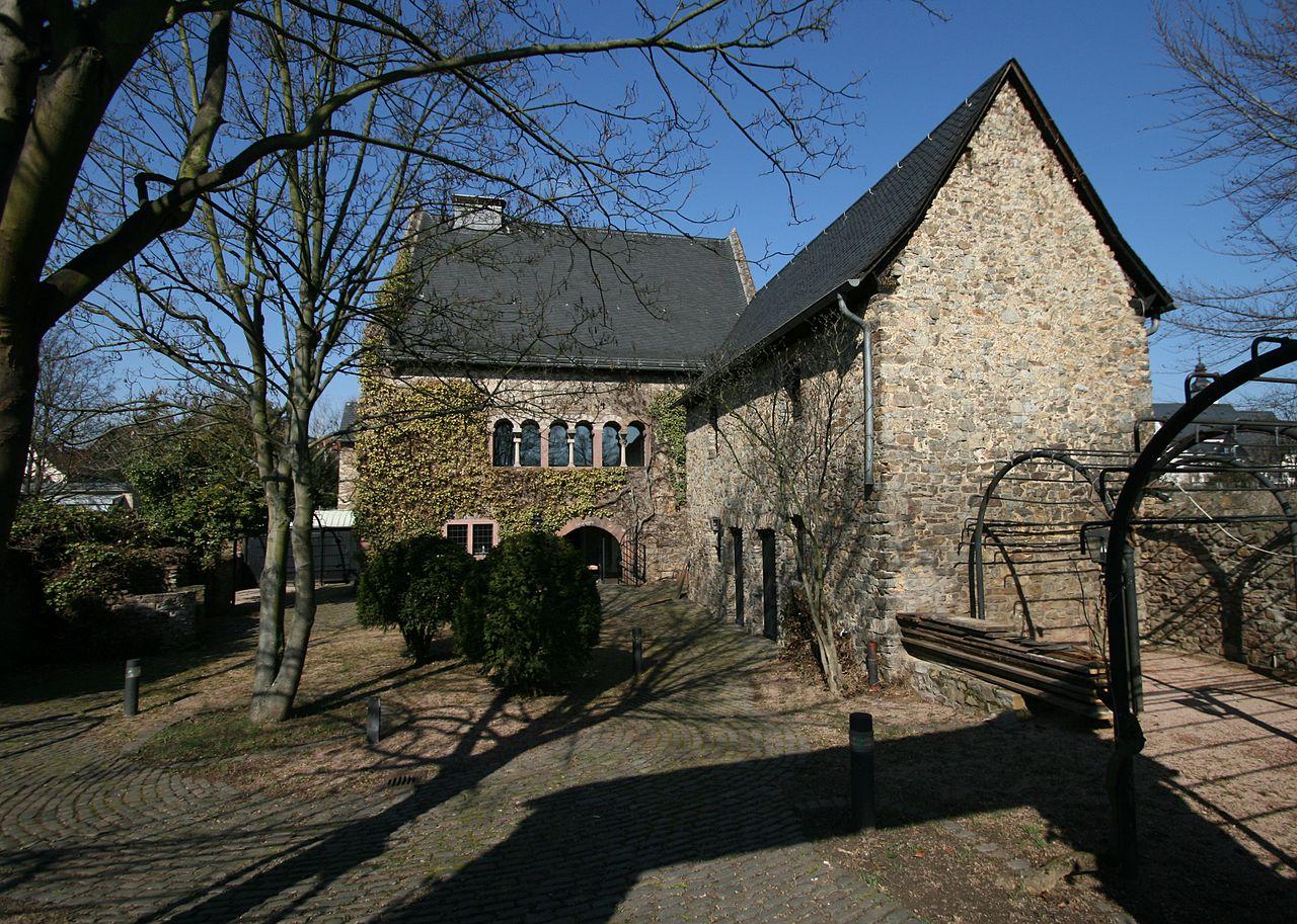 Bild GraueS Haus Winkel