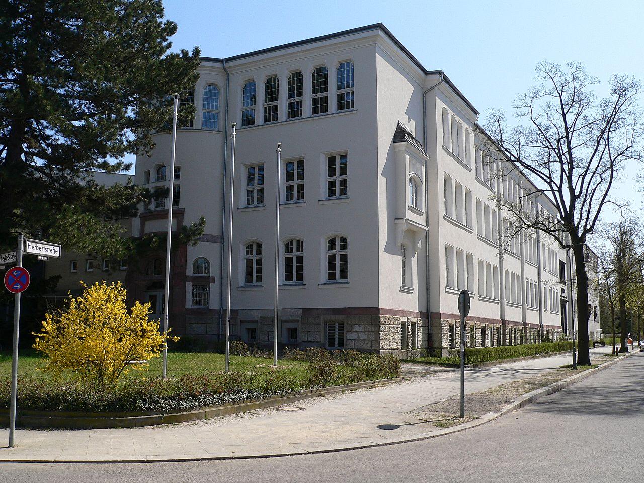 Bild Walther Rathenau Schule Berlin