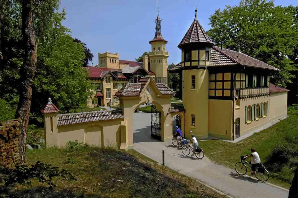 Bild Schloss Hubertushöhe Storkow