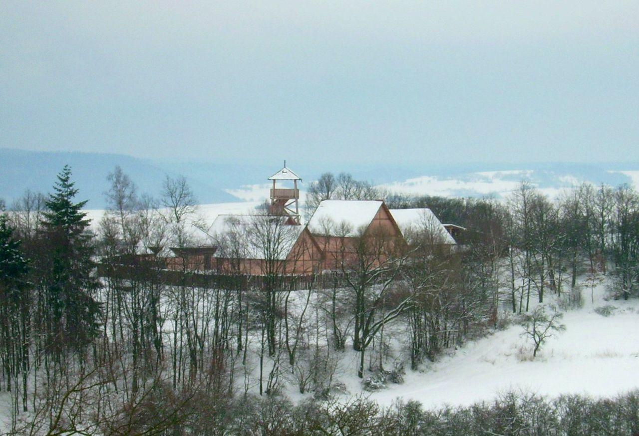 Bild Keltendorf und Keltengarten am Donnersberg Steinbach