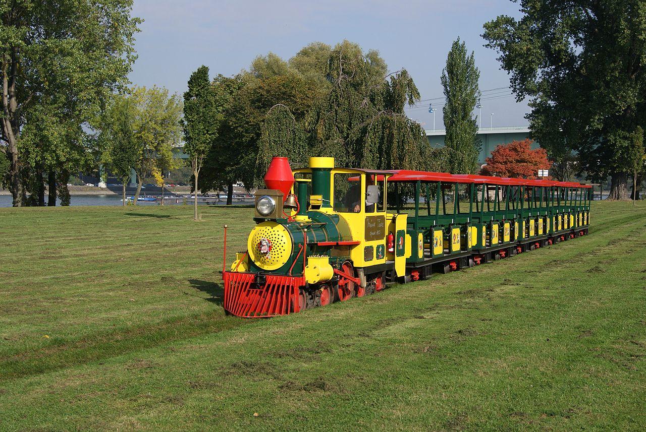 Bild Kleinbahn im Rheinpark Köln