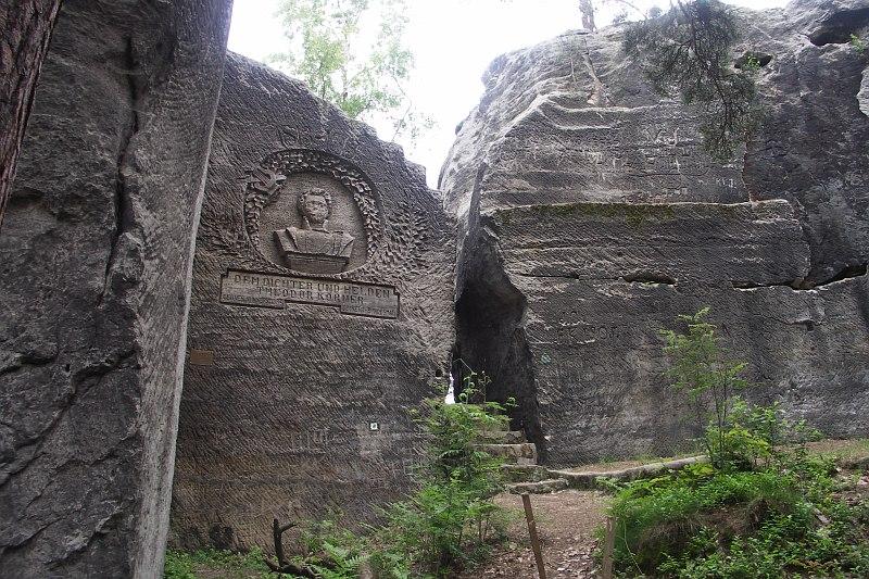 Bild Körner Relief am Hohlstein