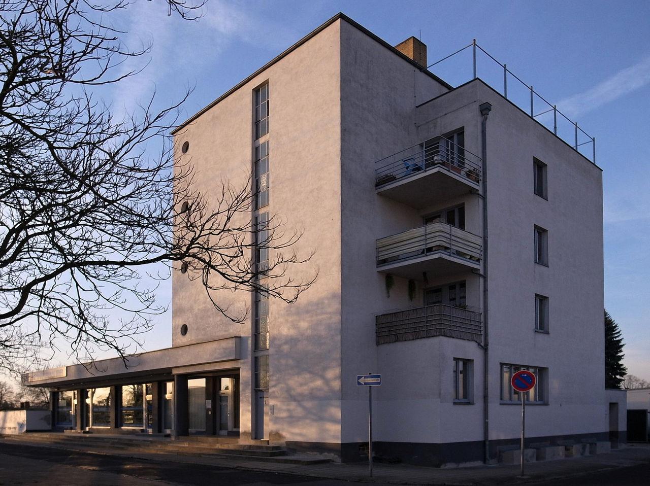 Bild Konsumgebäude Dessau Törten