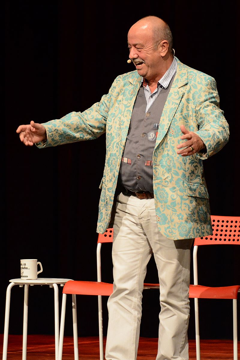 Bild Stratmanns Theater Essen