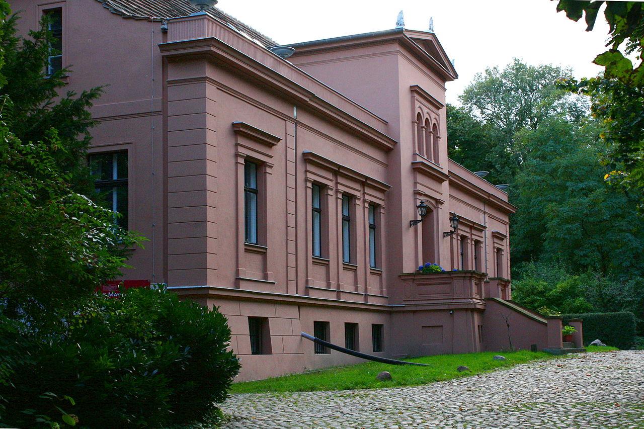 Bild Guthaus Berlin Mahlsdorf