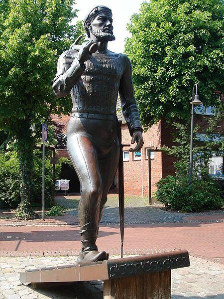 Bild Störtebeker Denkmal Marienhafe
