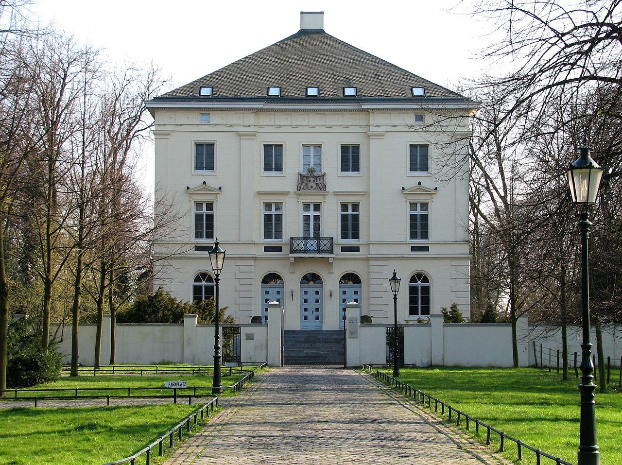Bild Schloss Mickeln Düssseldorf