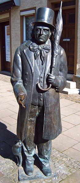 Bild Mörike Statue Lorch