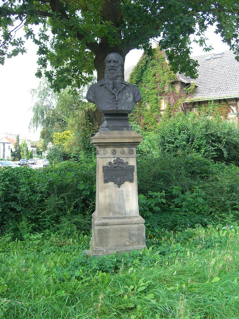 Bild Friedrich Ludwig Jahn Denkmal Neubrandenburg