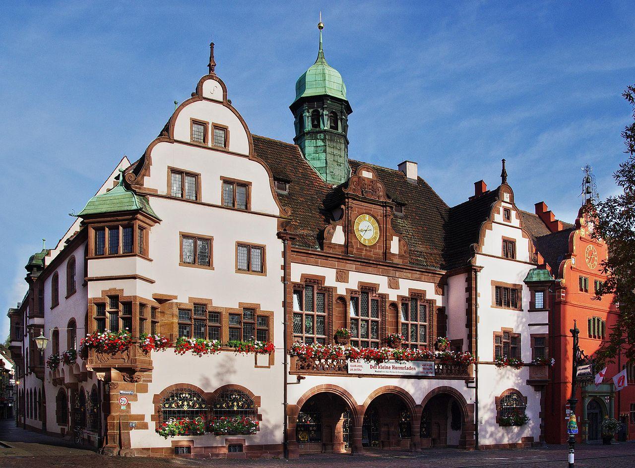 Bild Neues Rathaus Freiburg