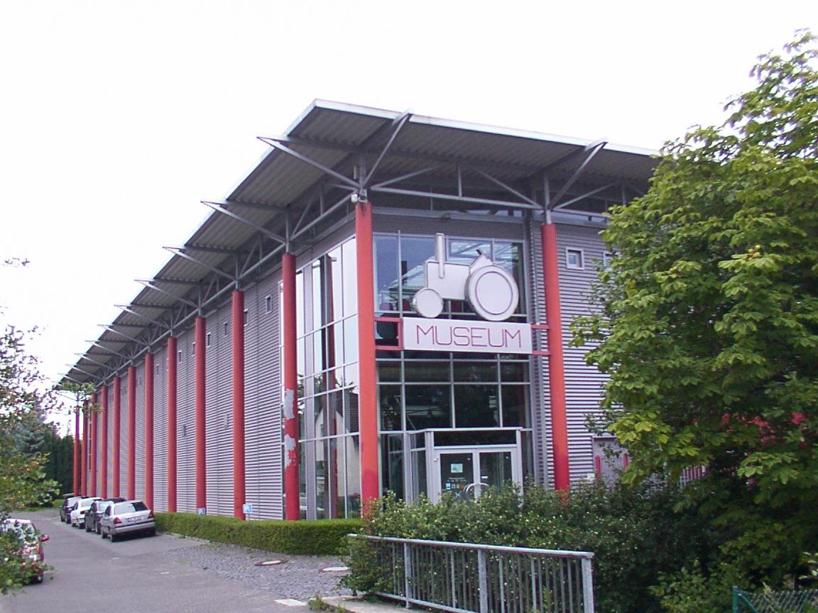Bild Deutsches Traktoren und Modellauto Museum Paderborn