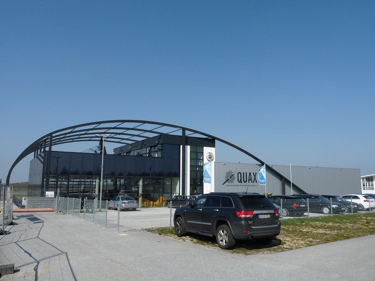 Bild Quax Hangar Büren