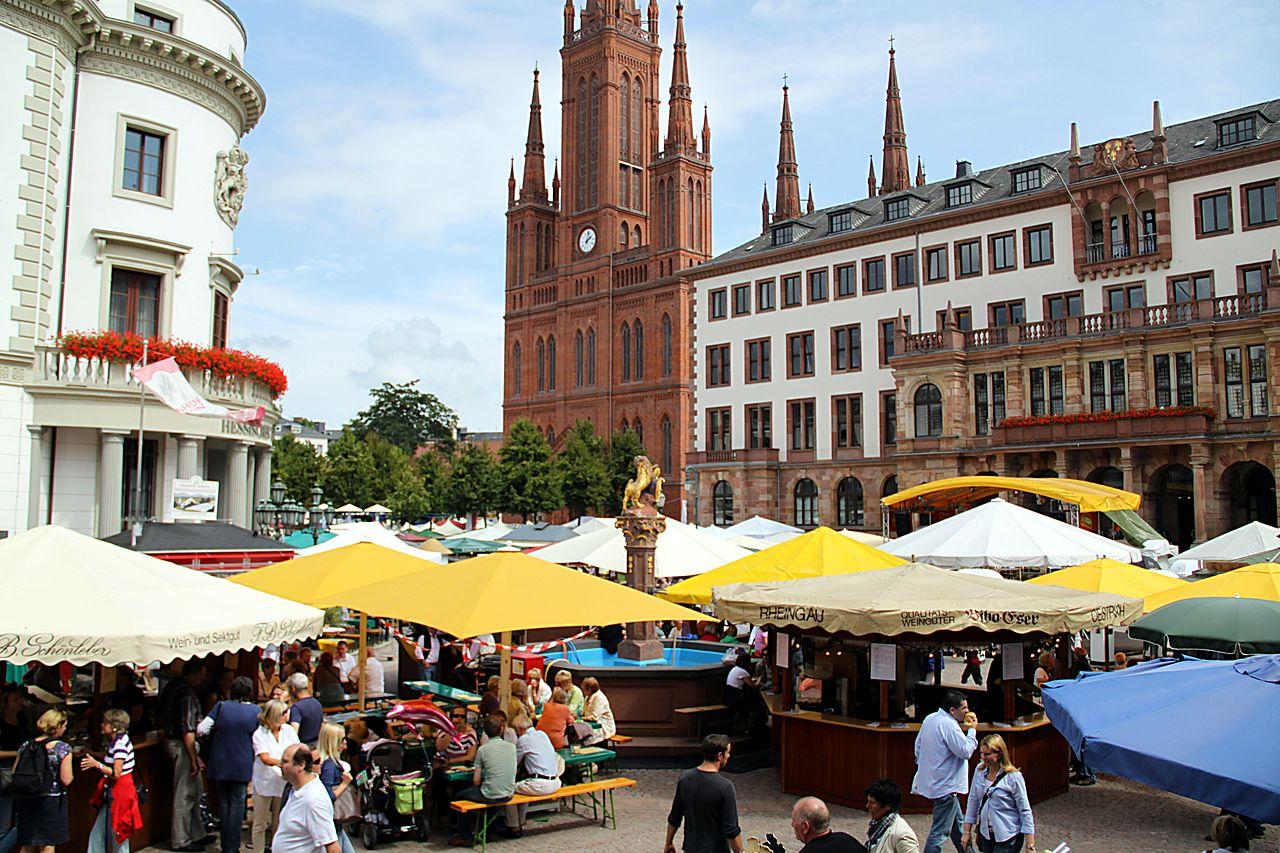 Bild Rheingauer Weinwochen Wiesbaden