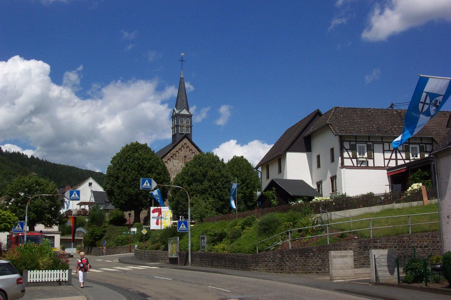 Bild St. Michael Kirche Roßbach/Wied