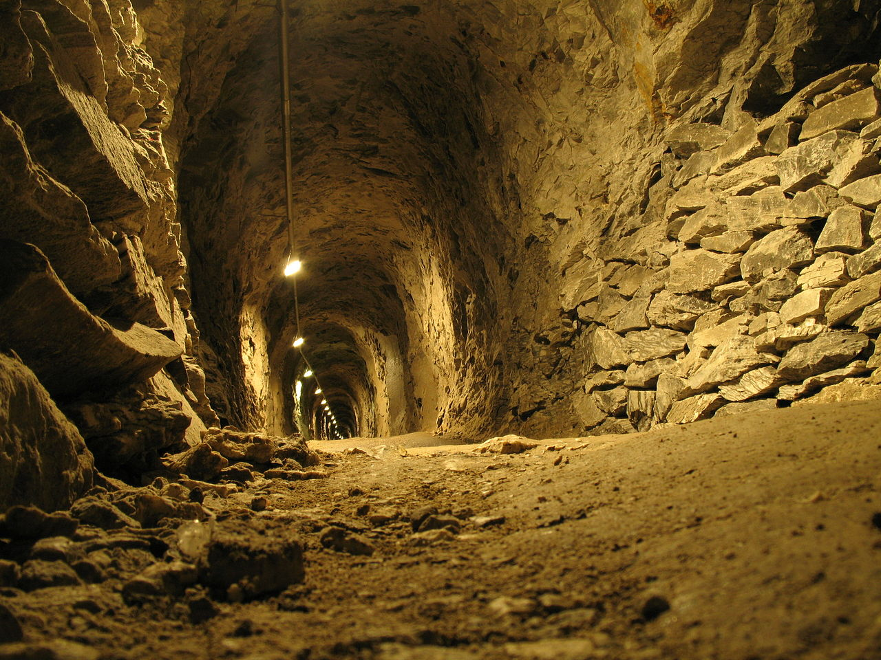 Bild Barbarossahöhle Rottleben