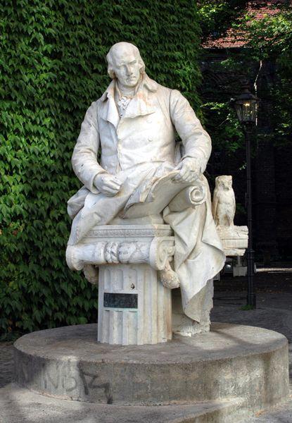 Bild Freiherr vom Stein Denkmal Berlin Spandau