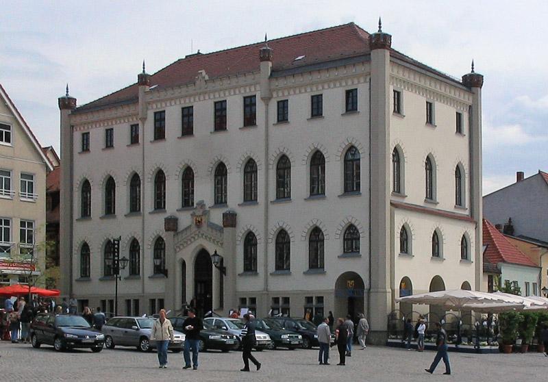 Bild Neues Rathaus Waren