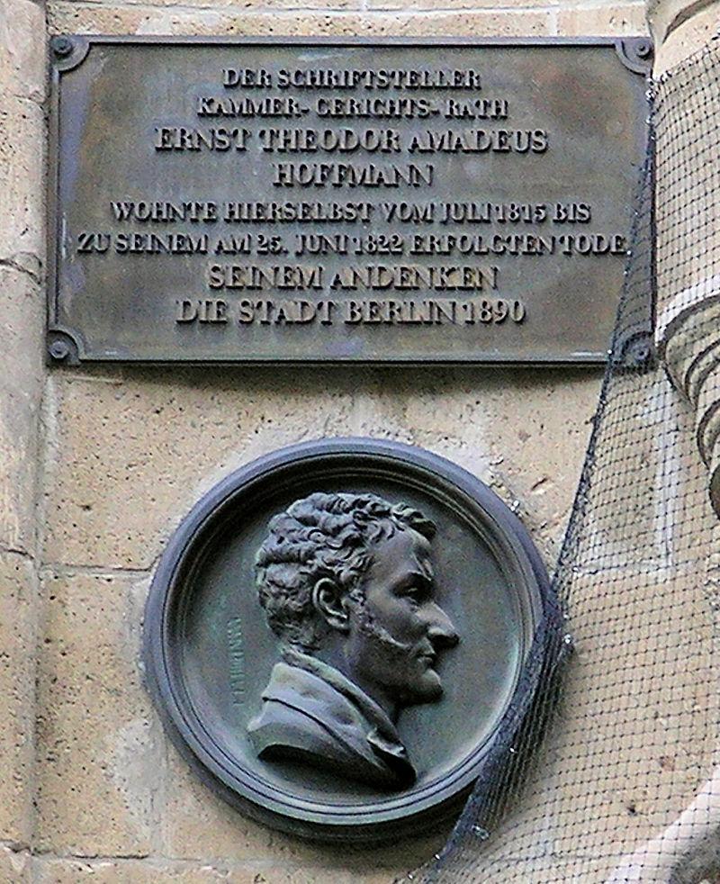 Bild E.T.A. Hoffmann Büste am Gendarmenmarkt Berlin