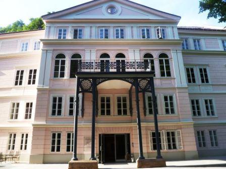 Bild Schloss Arenberg Salzburg