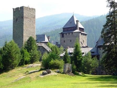 Bild Burg Finstergrün Ramingstein