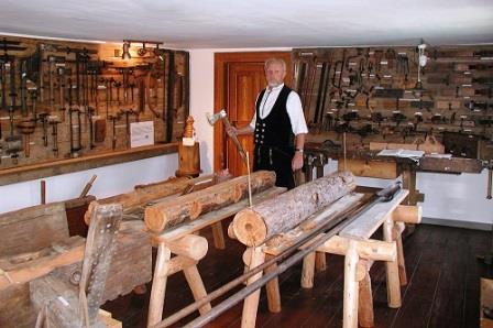 Bild Ausstellung historischer Zimmermannswerkzeuge Cunewalde