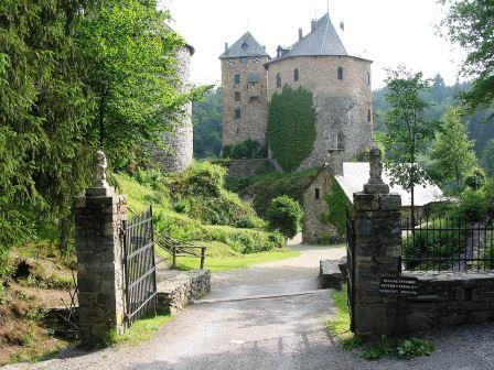 Bild Burg Reinhardstein Robertville