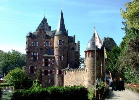 Bild Burg Satzvey