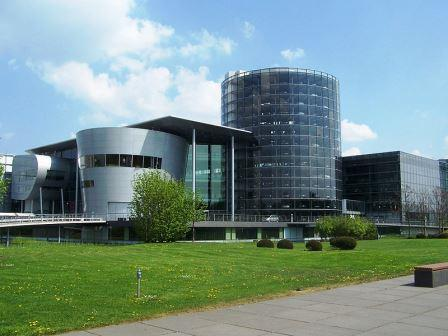 Bild VW Gläserne Manufaktur Dresden