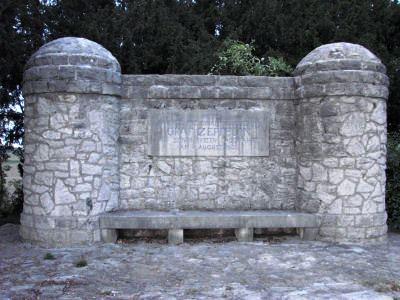 Bild Zeppelindenkmal Trebur Geinsheim