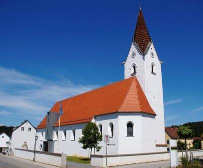 Bild Pfarrkirche St. Peter Wenzenbach