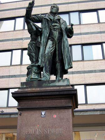 Bild Spohr Denkmal Kassel