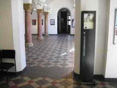 Bild Gedenkraum im Rathaus Wiesbaden