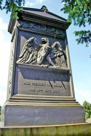 Bild Denkmal der 11 Schill'schen Offiziere Wesel