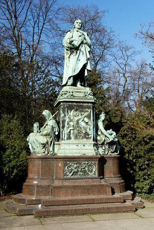 Bild Cornelius Denkmal Düsseldorf