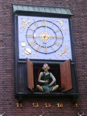 Bild Schneider Wibbel Uhr Düsseldorf