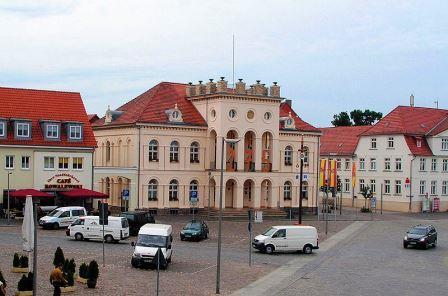 Bild Rathaus Neustrelitz